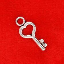 15 x tibétain argent mini vintage coeur clé type 3 charme pendentif fabrication de bijoux