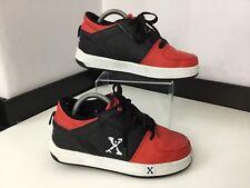 Heelys marciapiedi skate shoes, UK 3 Eu35, Nero rosso, ruote in buonissima condizione
