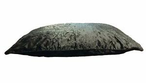 Luxury Crushed Velvet Dog Bed Cover WIth Cushions Complete Bed