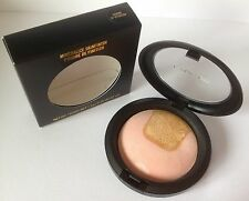 MAC LE Mineralize Skinfinish CENTRE OF ATTENTION *Peachy Pink and Gold* BNIB