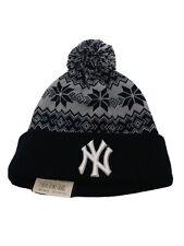 New Era 100% authentic Rare New York Yankees Blue Knit Beanie new mlb