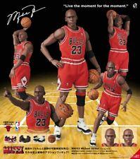 Medicom Toy MAFEX No.100 Michael Jordan