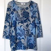 Chicos Weekends Size 2 Top Blouse Blue Gray Silver Floral Print 3/4 Sleeve Large