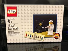 LEGO CLASSIC SET 5002812 - CLASSIC WHITE SPACEMAN MINIFIGURE EXCLUSIVE SEALED!!