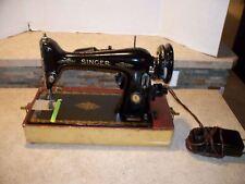 705 Beautiful VINTAGE SINGER SEWING MACHINE- 66-16  MOTOR BA3-8