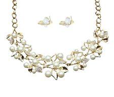 Diamante & Imitación Blanco Perla Oro Collar de Flores con aretes que empareja