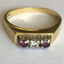 Vintage Solid 18ct Gold Three Stone Diamond & Ruby Engagement/ Dress Ring Size M