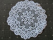 Deckchen rund von Hand geklöppelt Omas wertvolle Handarbeit natur 11 cm Leinen