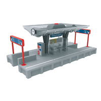 Marklin 72213 Train Station Platform with Light