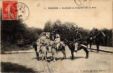 CPA  Robinson - Cavalvade sa dirigeant vers le Bois (740508)