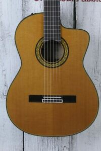 Takamine TH5C Hirade Concert Classic Acoustic Electric Guitar w Hardshell Case