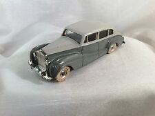 Dinky Toys no. 150 Rolls-Royce Silver Wraith