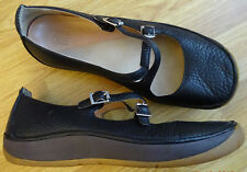 CLARKS 'ACTIVE AIR' LADIES BLACK LEATHER FLAT SHOES  UK SIZE 5.