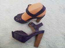 Hinge Women's 7.5 Purple Platform Wood Chunky Heels Sandals Shoes Buckle Strap