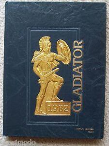 1982 GIBBS HIGH SCHOOL YEARBOOK, SAINT PETERSBURG. FLORIDA   UNMARKED!