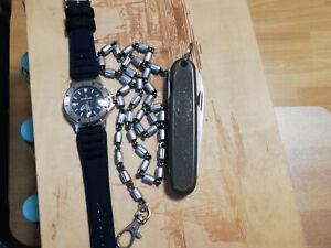 Orginal Bundeswehr Taschenmesser, mit Hosenkette & Bundeswehr Armbanduhr