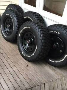 VW Amarok 4WD tyres and rims near new condition