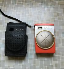 VINTAGE HOT PINK SONY 6 TRANSISTOR RADIO TR-620-JAPAN-LEATHER CASE-GETS STATIC