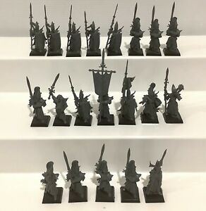20 x Warhammer Fantasy Miniatures Figures - High Elves - Unpainted