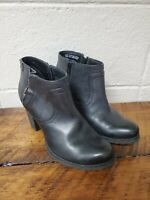 Clarks Artisan Womens Size 7 M High Heel Booties Ankle Boot Black Leather Zip