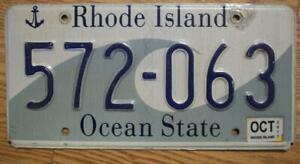 SINGLE RHODE ISLAND LICENSE PLATE - 2017 - 572-063 - OCEAN STATE