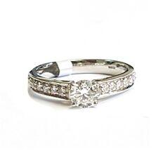 Platino Diamante tondo Pave Set Anello di fidanzamento,