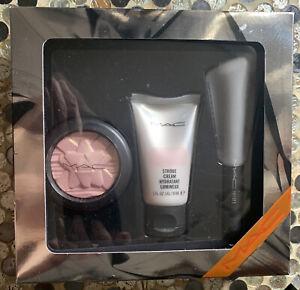 MAC Shiny Pretty Things GLOW GETTER :Pink Mini Face Kit New In Box