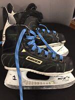 Bauer Supreme 1000 Junior Size 1 Hockey Skates Ice Skates (size 1D )