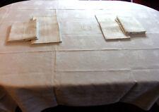 Service de table damassé de roses et brodé MB - nappe 2m40 x 1m70 +10 serviettes