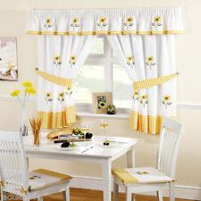 Rideaux et cantonnières blanc avec des motifs Brodé pour la maison