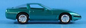 AMT ERTL 1:25 1996 Corvette Coupe Bright Aqua Built Model #6620EO