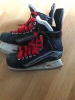 Bauer Size 7 Ice Hockey Skates