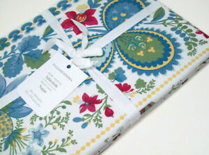 """Williams Sonoma Berry Meadow Floral Leaf Cotton Table Cloth 70"""" X 108"""" New"""