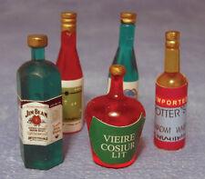 5 bouteilles de spiritueux, doll house miniatures, 1.12 échelle