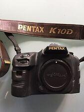 PENTAX K10D CAMERA GRAND PRIX 2007 + GRIP D-BG2 + PROTECTION CAMERA ARMOR RARE !