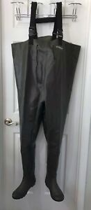 Magellan Outdoors Fly Fishing Rubber Boot Foot Waders Size 9 Used Once