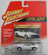 JOHNNY LIGHTNING 1969 CAMARO RS/SS Classic Gold Collection