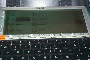 PSION 5MX PDA  with stylus and real black leather double zipper zipped case