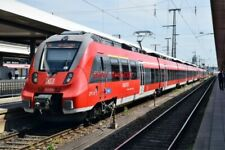 PHOTO  GERMAN RAILWAY -  DB REGIO DEUTZ TALENT 2  CLASS 422 '4422-804