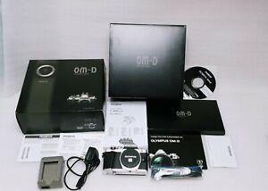 Olympus OM-D E-M10 Mark II *NEXT DAY POSTAGE*