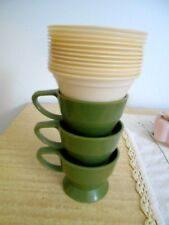 VTG Green Solo Cozy Coffee Cups (3) & 12 Inserts 7oz (Pre-Owned)