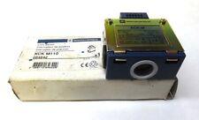 TELEMECANIQUE LIMIT SWITCH METAL END PLUNGER XCK-M, XCK M110, 10A, 240VAC/250VDC