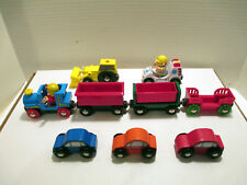 Lot Brio Magnetic Locomotive & Train Cars, Bucket Loader, Ambulance, Bob Figures