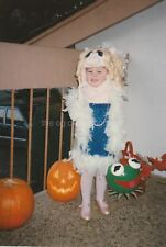 MISS PIGGY COSTUME Little Girl FOUND PHOTO Color FREE SHIPPING Halloween 84 23