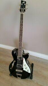 Duesenberg StarPlayer Bass Black R/H 4 String, Near New Condition, Free Shipping