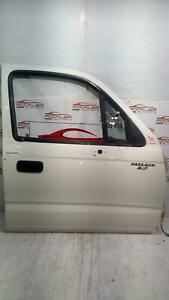 TOYOTA HILUX RIGHT FRONT DOOR