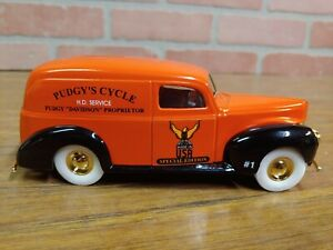 """ERTL #GD6062 """"Pudgy's Cycle #1"""" Special Ed. 1940 Ford Panel Van Bank 1/25 Scale"""