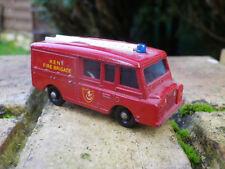 MATCHBOX LESNEY n° 57 LAND ROVER FIRE TRUCK, bon état / très bon état sans boite