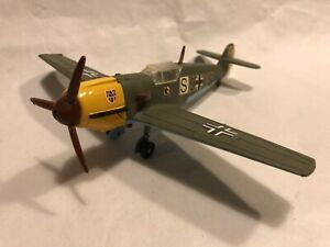 DINKY TOYS LUFTWAFFE MESSERSCHMITT Bf109E WW2 FIGHTER PLANE WORKING REPAINTED