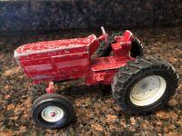 Vintage Ertl International Tractor Stock #415 Red